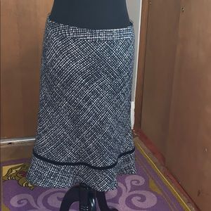 Gap black and white wool skirt size 8